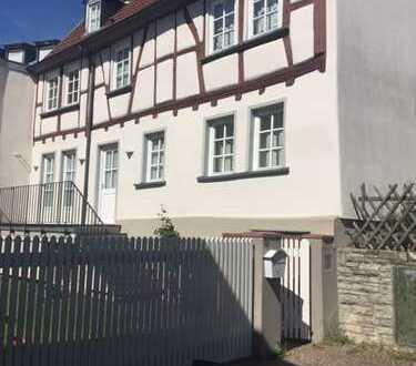 Bad Homburg stilvolles Einfam-Haus nahe City und Schloßpark