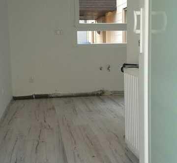 Sulzbach: 2 Zimmerwohnung mit Garage