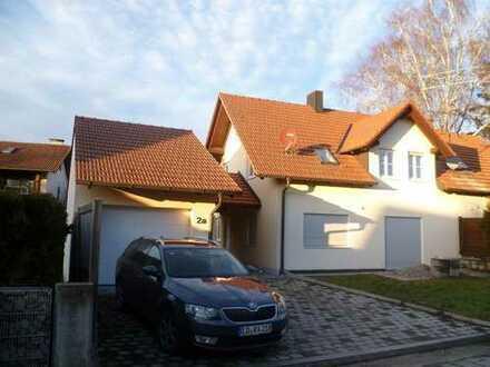 Schönes Haus mit vier Zimmern in Erding (Kreis), Dorfen
