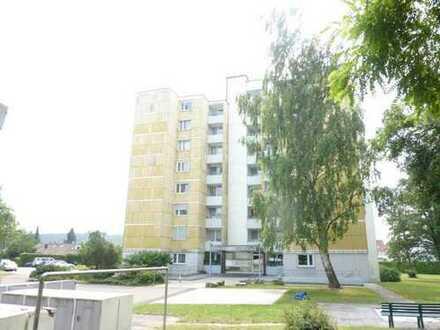 Gepflegte 5-Zimmer-Wohnung mit Balkon in Mühlacker