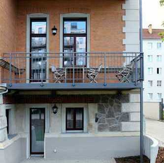 * Villa am Park * 4 Zimmer * Maisonette * Gartenanteil * 05/2020 *