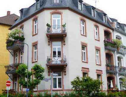 Bestlage im Frankfurter Westend!!! Großzügige 5 Zimmerwohnung Nähe Grüneburgpark und Uni