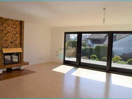 Immobilien Seegerer: Wunderschöne, geräumige 4-Zimmer Wohnung in Seenähe