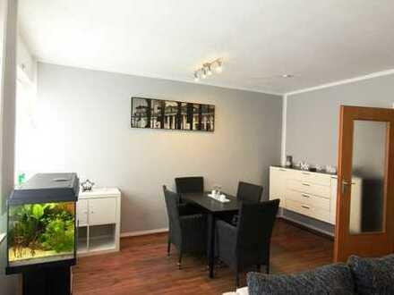 Gemütliche 3,5- Zimmer-Wohnung mit schöner Dachterrasse und Garage im Ortskern von Friedrichsfeld