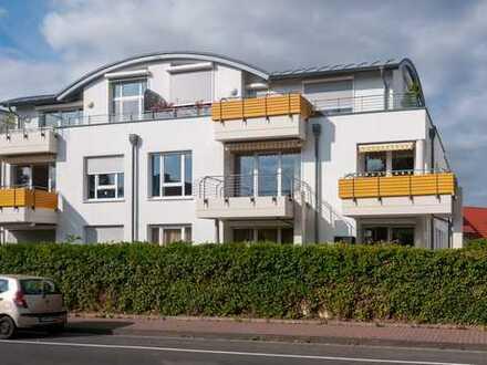 Ganz oben in Bad Vilbel: Dachwohnung mit 3,5m Deckenhöhe