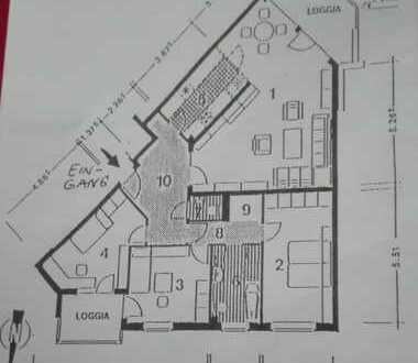 Gepflegte 4-Zimmer-Wohnung mit Balkon und EBK in Bremen