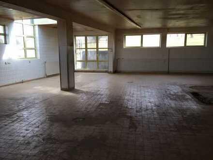 Lagerhalle, Werkstatt mit Büro und Sozialräumen