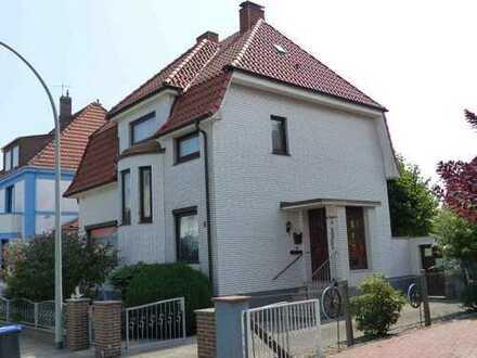 Schönes, geräumiges Haus mit fünf Zimmern in Bremerhaven-Wulsdorf