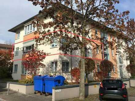 Moderne 4 Zimmer Wohnung mit Balkon, EBK und Garage zentrumsnah in Rottweil