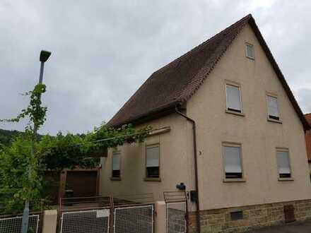 Freistehendes Haus in Königsbach-Stein