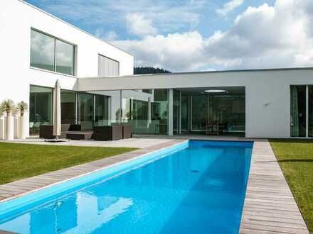 Exklusive Villa in Traumlage die keine Wünsche offen lässt