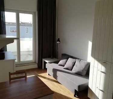 Neuwertige, vollmöblierte 2 Zimmer Wohnung in Regensburg Süd-Ost