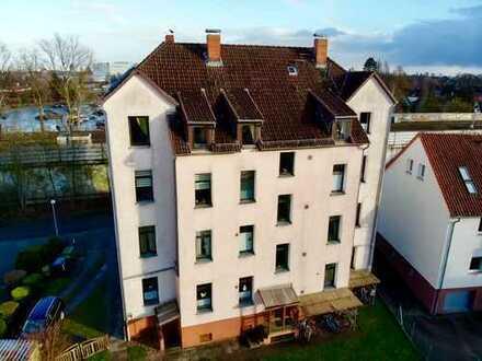 LAMDA in Vinnhorst - Schöne 3-Zimmer-Altbauwohnung mit Garten sucht neue Bewohner!