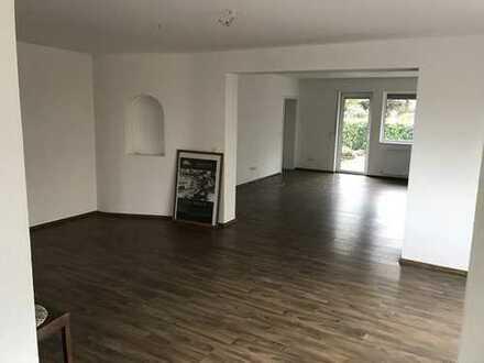 190.000 €, 125 m², 4 Zimmer