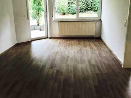 Gepflegte 2-Zimmer-Wohnung mit Terrasse und EBK in Waldenbuch