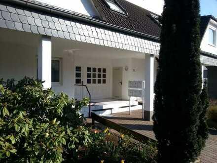 Attraktive ein Zimmer Wohnung in Idar-Oberstein, Goettschied