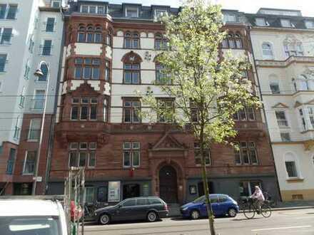 SÜDSTADT/Volksgarten -- charmante Altbauwohnung (4 Zimmer) mit Balkon -- bitte auch SONSTIGES lesen
