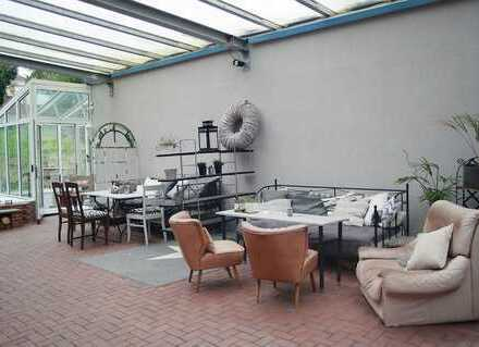 113m² + 50 m² NF! Wohnen und Arbeiten unter einem Dach am Stadtpark!