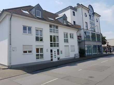 Geräumige 2 Zimmer Dachgeschosswohnung mit Balkon in Lippstadt Süd