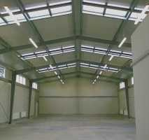 Bauplatz ca.1000m² für Halle o.mit ca.800m²Lagerhalle h=8m, m.Rolltor zu vermieten,PF-O,Nähe A8;