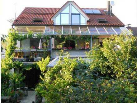 Tolle Alternative zum Haus - großzügige Wohnung mit Garten, ideal auch für Handwerksbetriebe