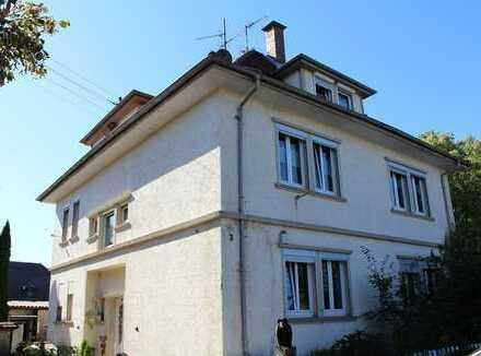 Zweifamilienhaus mit Charme in zentraler Lage in Lauda-Königshofen