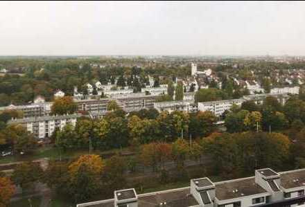 Exklusive, sanierte und möblierte 1,5-Zimmer-Wohnung mit Balkon und Einbauküche in Karlsruhe
