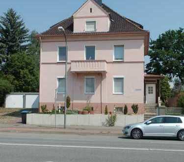 4-Zimmer-Wohnung mit 2 Balkonen und Einbauküche in Peine