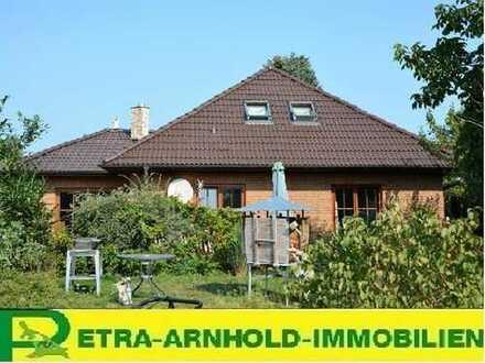 --Tolles Einfamilienhaus mit Einliegerwohnung und Erweiterungsmöglichkeit in Strandnähe!!