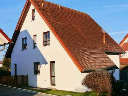 Einfamilienhaus mit Carport in Herford (Kreis), Spenge