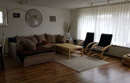 2-Zimmer-Wohnung mit Einbauküche in ruhiger Lage