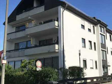 Tolle 2,5-Zimmer-Wohnung mit zwei Balkonen!!!