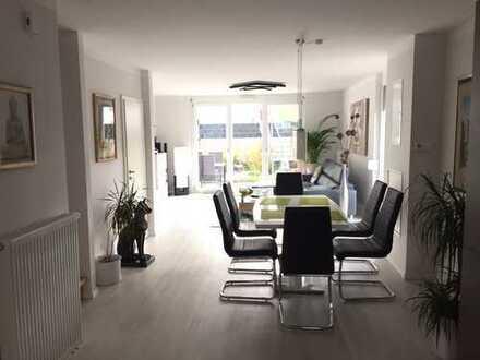 * Neuwertiges Reiheneckhaus mit Möbel in Dasing * ideal für Pendler