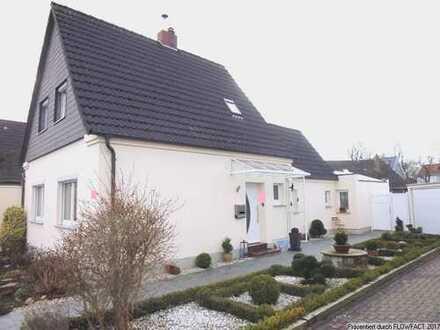 Top renoviertes und saniertes kleines Einfamilienhaus