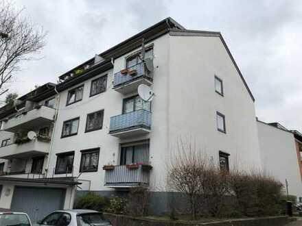 Schöne drei Zimmer Wohnung in Köln, Bilderstöckchen