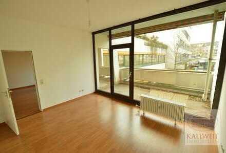 Derendorf: Großzügige 2-Raum Wohnung mit Einbauküche