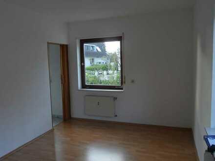 Helle 3,5 Zimmer-Erdgeschosswohnung mit EBK in Haibach - für Nichtraucher, ab 1. Juli 21 frei
