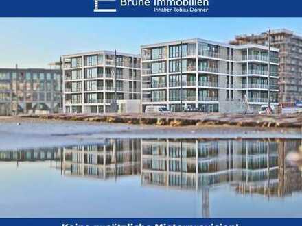 BRUNE IMMOBILIEN - Bremerhaven-Mitte: Blick auf den Neuen Hafen samt Yachten
