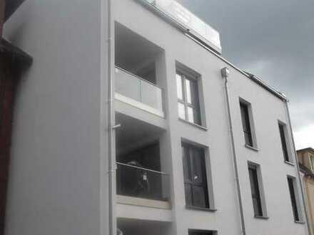 Neubau-DG-Wohnung mit gr. Loggia (Aufzug) in Do-Hombruch nahe Ortskern