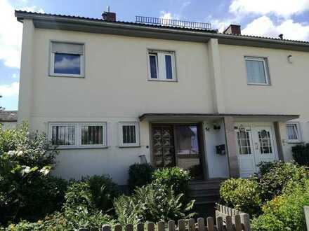 Attraktive Doppelhaushälfte in Bonn-Ückesdorf