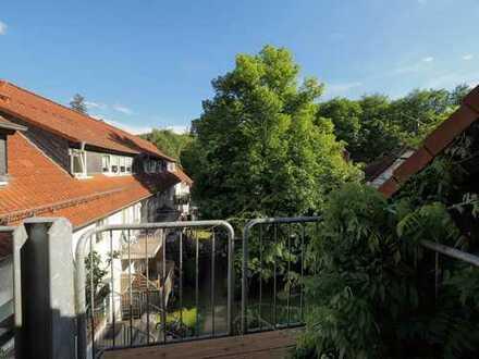 Schuch Immobilien - Erstbezug nach Sanierung - Wohnen mit romantischem Innenhof