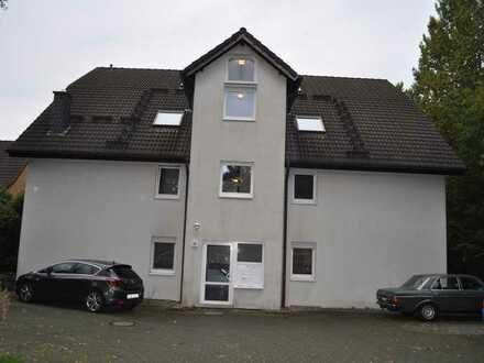 EG-3,5-Raum-Whg; 77 m², Terrasse, Stellplatz, zentrale und ruhige Lage