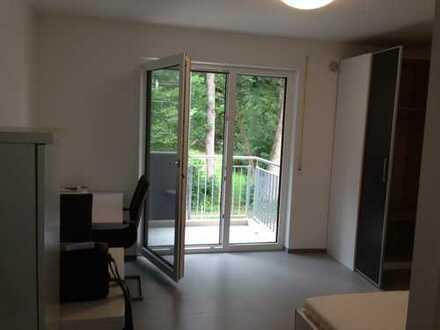 Studenten-Appartement mit Carport (App.2+Stellplatz im Freien)