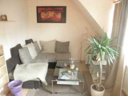 Exklusive, gepflegte 3-Zimmer-Maisonette-Wohnung mit EBK in Deutz, Köln