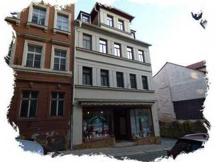 Wunderschöne 5-Raum-Wohnung im 1. OG mit großem Balkon und EBK in Altenburg