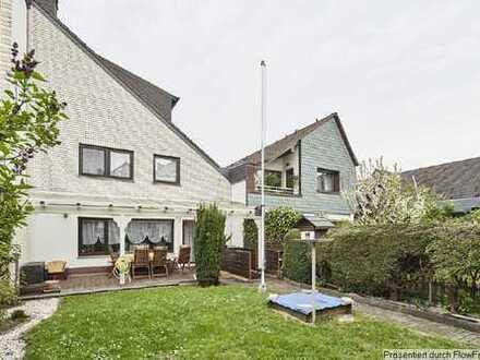 Viel Platz und Komfort; ein Haus für die Familie in Bocklemünd!