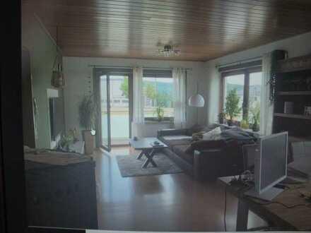 Schöne 3-Zimmer-EG-Wohnung mit Balkonen und Einbauküche in Bad Herrenalb