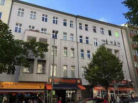 Schöne, geräumige 2 Zimmer Wohnung in Berlin, Charlottenburg