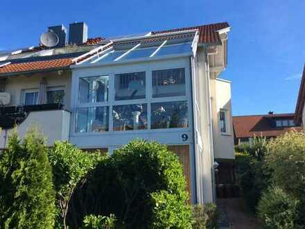 Provisionsfrei! Galeriewohnung - großzügiges Wohnen auf zwei Etagen!