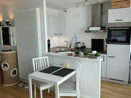 Moderne & helle 1-Zimmer-Wohnung mit Balkon und EBK in Ehrenfeld, Köln